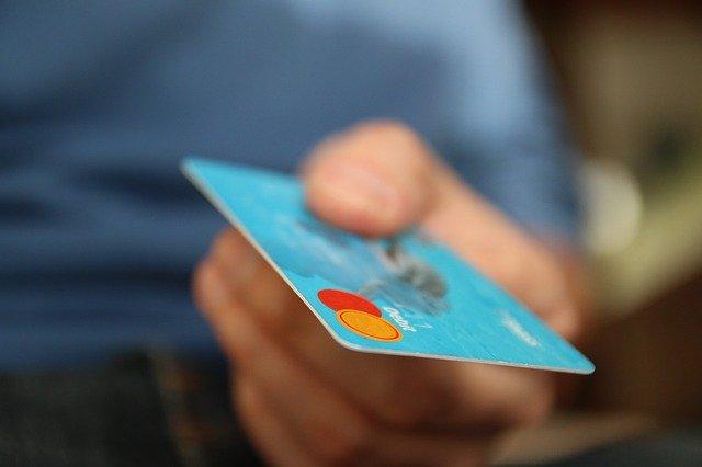 Kreditní karty jsou úžasný vynález, zamezit nakupování Vám ale nepomohou